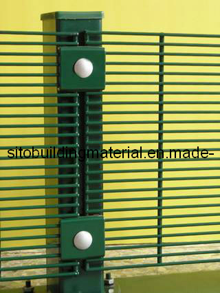Airport Fence/Prison Fence/Welded Wire Mesh Fence/Fence Netting/Fence Panel