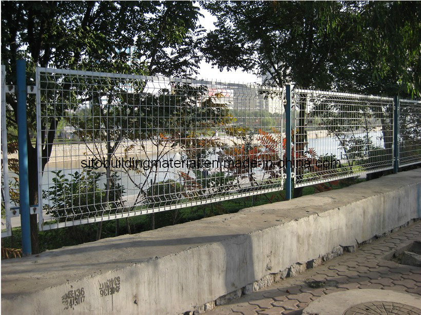 Fencing/Wire Mesh Fence/Fence Panel/Welded Wire Mesh Fence/Road Fence